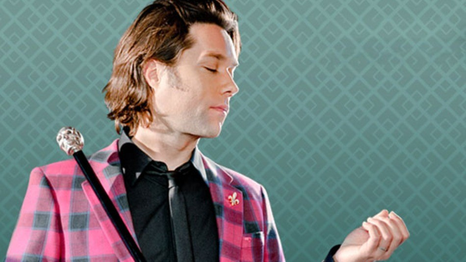 rufus-wainwright-wants-you-to-instagram-his-video-d8b9bf3f81