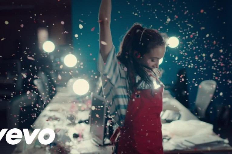 tiesto-oliver-heldens-the-right