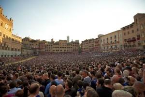 palio_di_siena_-_assunta_2011_-_piazza_del_campo