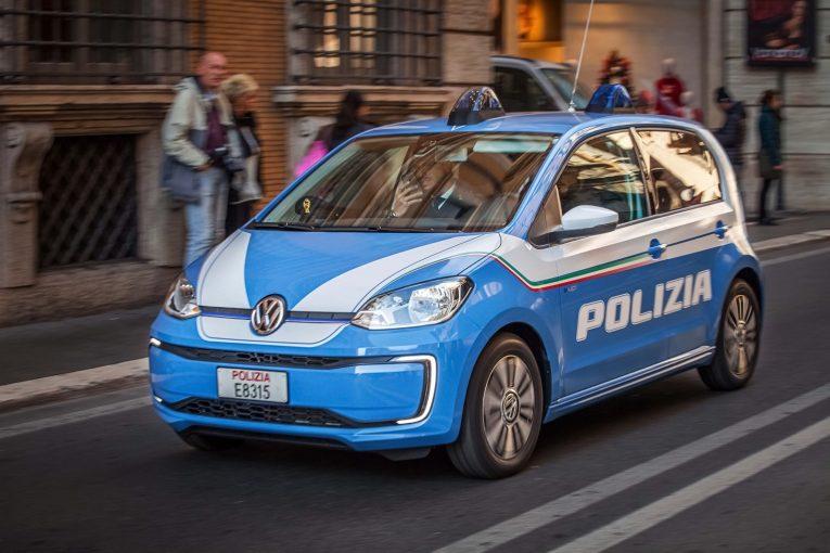 volkswagen-e-up-polizia-di-stato