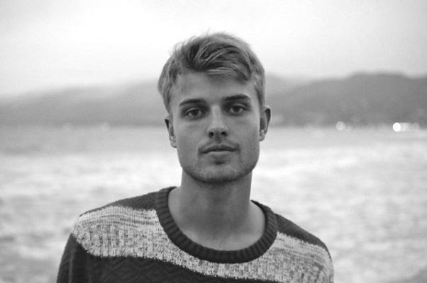 Sandro Cavazza