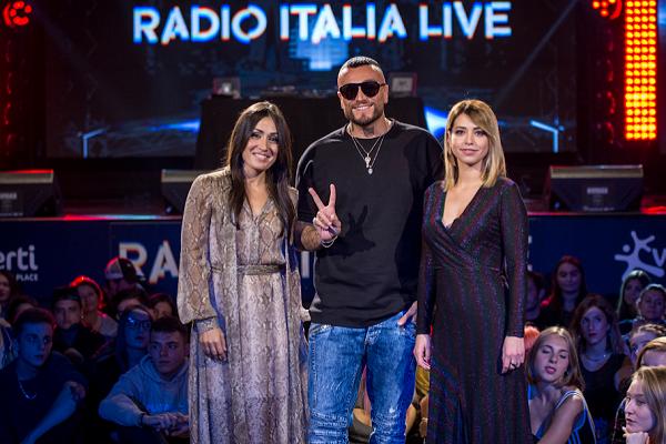 radio italia live - gue pequeno