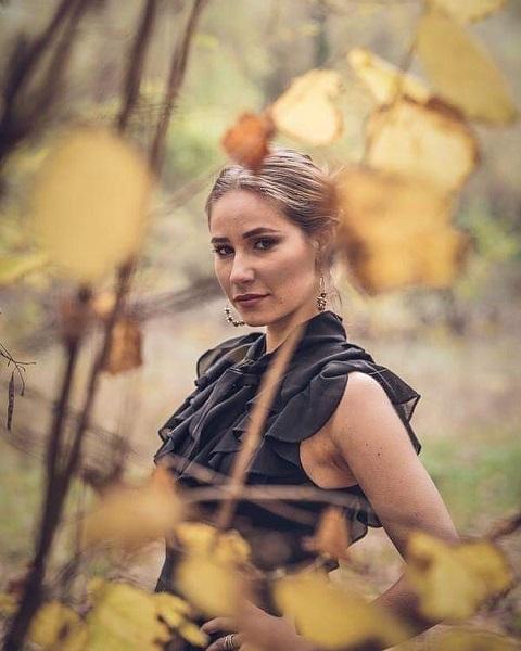 Viola Thian