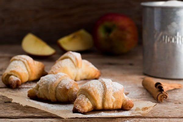 Croissant alle mele